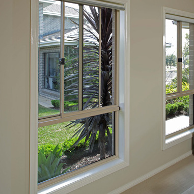 Sliding Window (side to side)